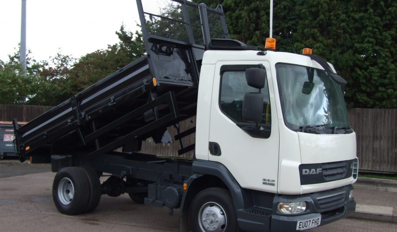 white tipper truck