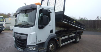 front left hand view of daf ex council tipper trck