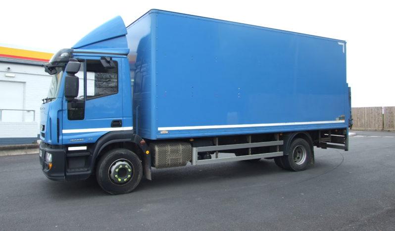 IVECO 150 E25 BOX VAN EURO 6 full