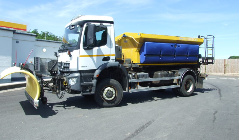 MERCEDES-BENZ 1824 GRITTER WITH PLOUGH full