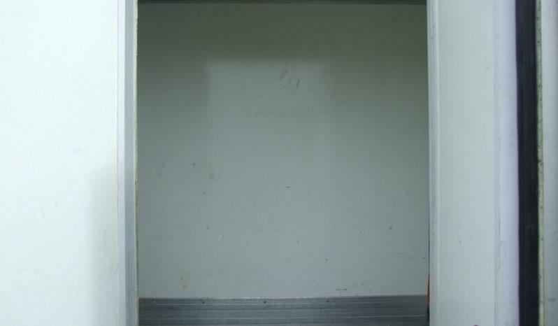 MITSUBISHI CANTER 7C15 REFRIGERATED BOX VAN full