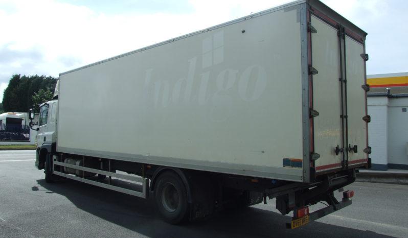 DAF CF 250 28FT BOX VAN WITH BARN DOORS AND TAIL LIFT full