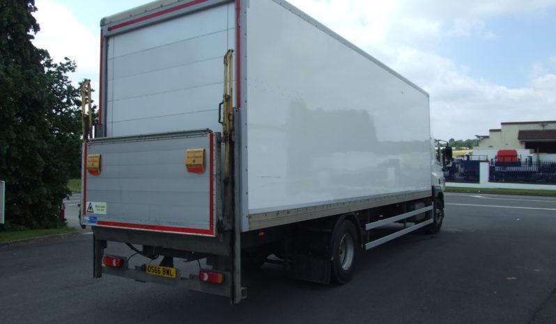 DAF CF250 28FT BOX VAN WITH SLEEPER CAB full